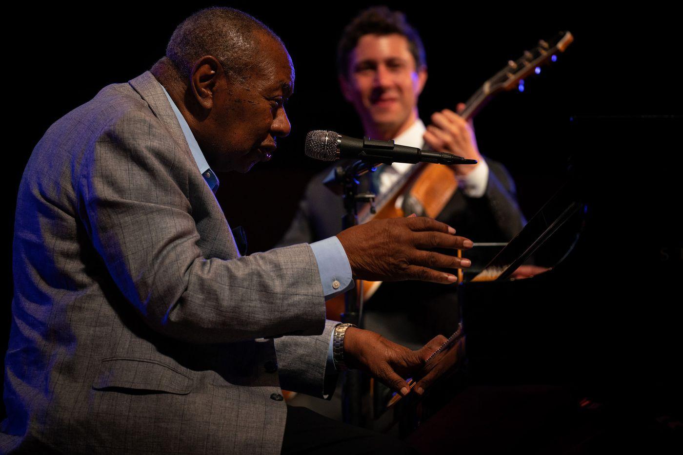 Perjalanan Karir Freddy Cole Sebagai Penyanyi Jazz Amerika